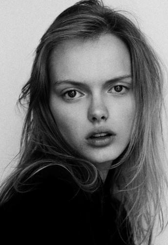 Новые лица: Элен Десметтр. Изображение № 25.