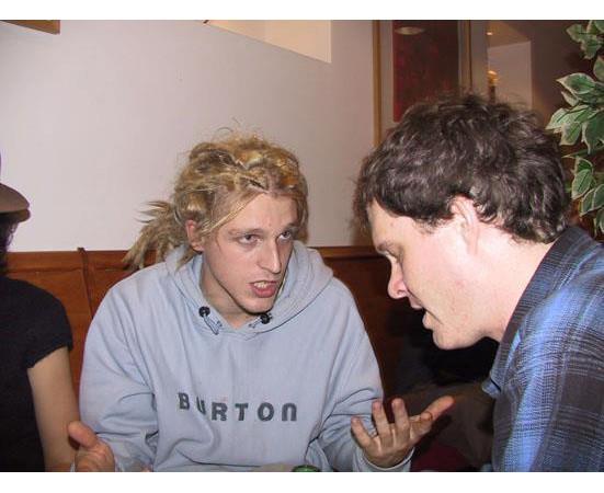Это я в 2004 году, только приехал в Лондон, болтаю с фронтмэном Electric 6. Изображение № 27.