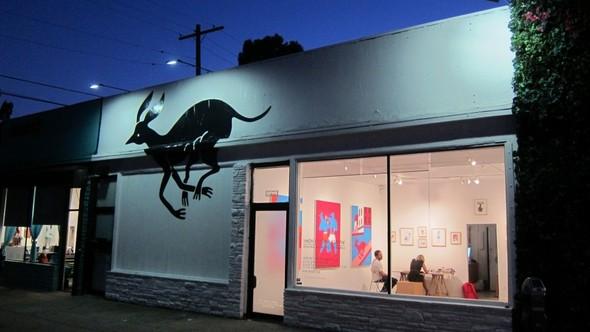 Линия одежды галереи современного искусства HVW8 (Los Angeles). Изображение № 1.