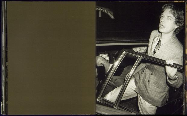 Клубная мания: 10 фотоальбомов о безумной ночной жизни . Изображение №7.