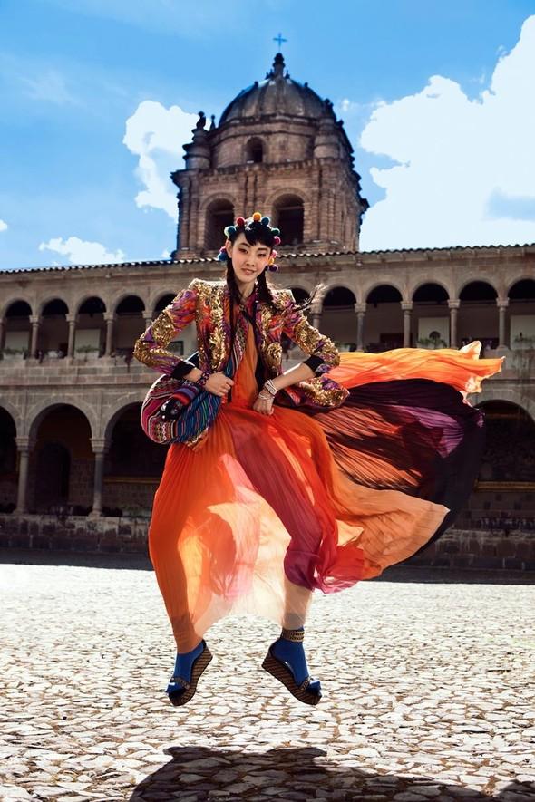 Новые съемки: Vogue, 25 Magazine, Exit. Изображение № 4.