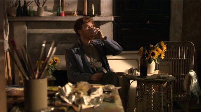 Бенедикт Камбербэтч  выпивает. Изображение № 12.