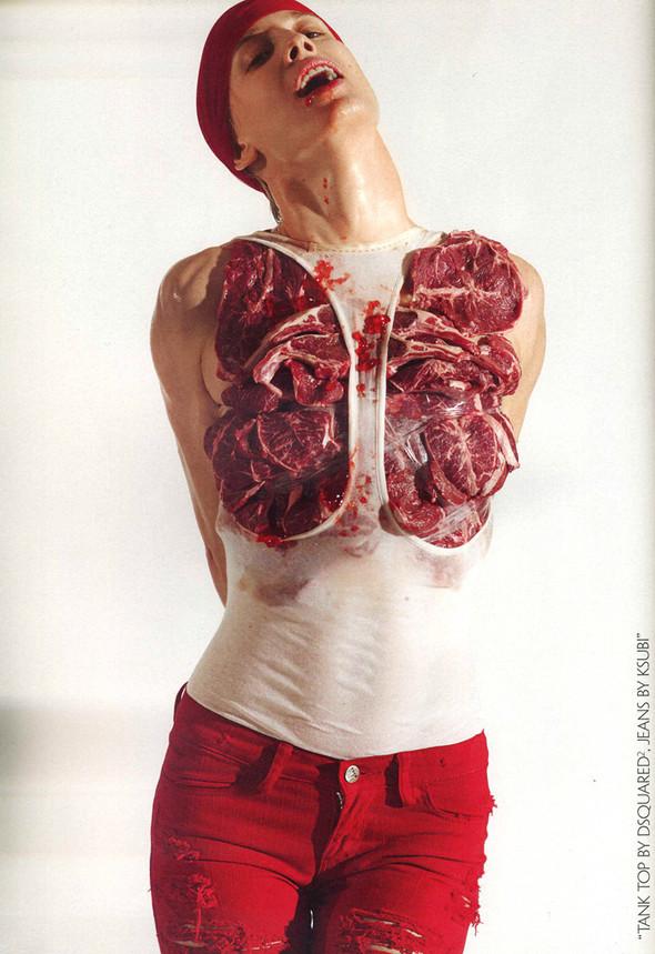 Наташа Войнович и еда, фотограф Седрик Буше. Изображение № 1.