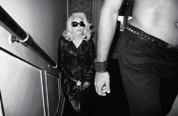 Madonna. Гулять такгулять. Изображение № 16.