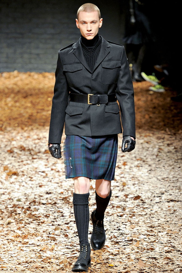 Лукбук McQ by A. McQueen F/W 2012-13, Женская и мужская коллекции. Изображение № 31.