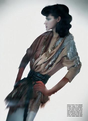 Vogue Paris, апрель 2011, фотограф Паоло Роверси. Изображение № 50.