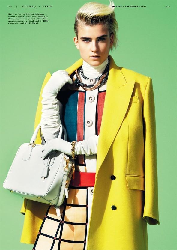 Съёмка: Яна Кнауэрова для Playing Fashion. Изображение № 6.