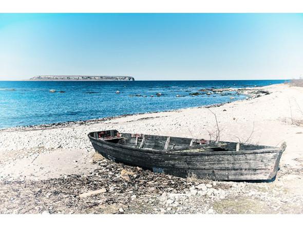 Побережье Екстакустена и вид на остров Малый Карлсё. Изображение № 80.