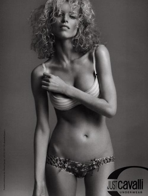 Fashion Advertisements, Выпуск 11 лучшие фотографии изрекламных кампаний модных брендов 2008. Изображение № 19.