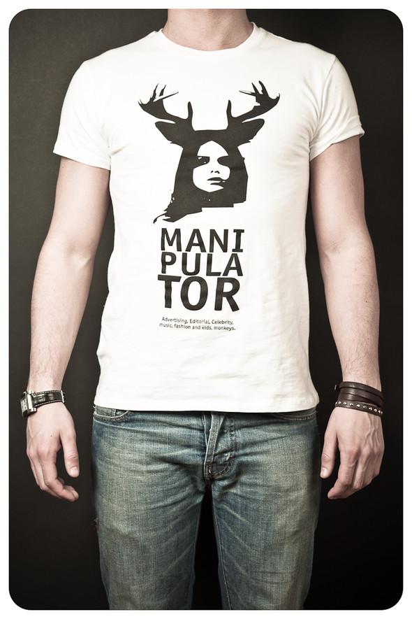 MANIPULATOR T-Shirt. Изображение № 6.