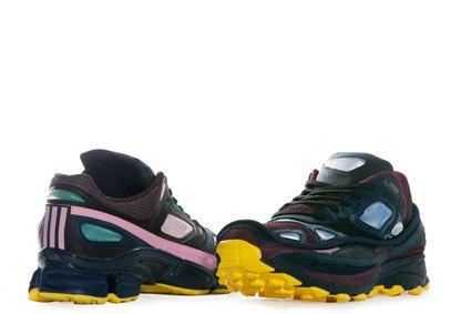 Первая пара сникеров из коллекции Рафа Симонса для Adidas. Изображение № 1.
