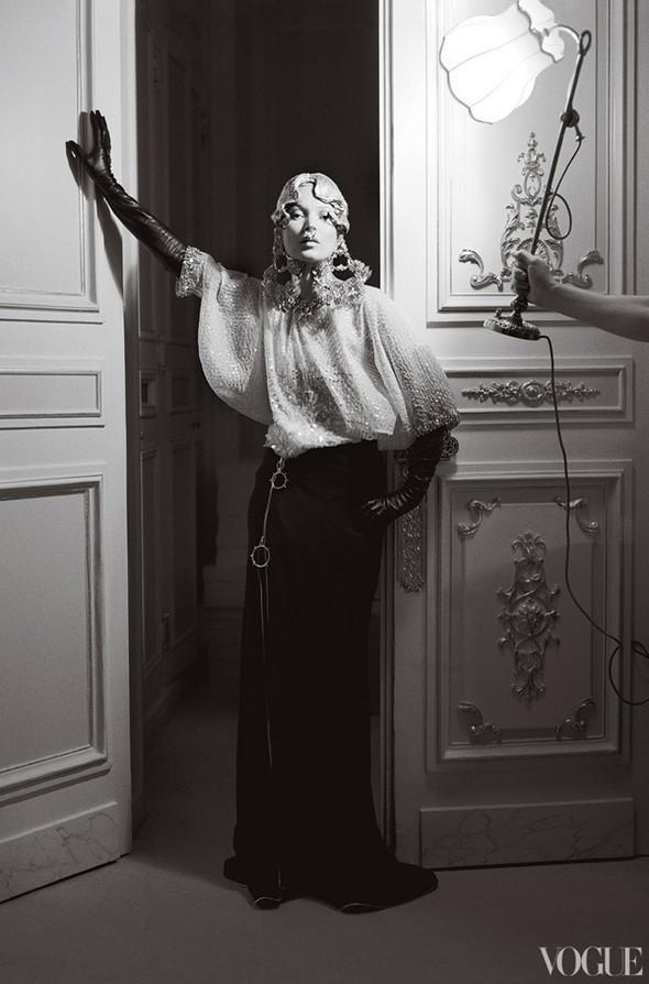 Кейт Мосс в апрельском Vogue US. Изображение № 7.