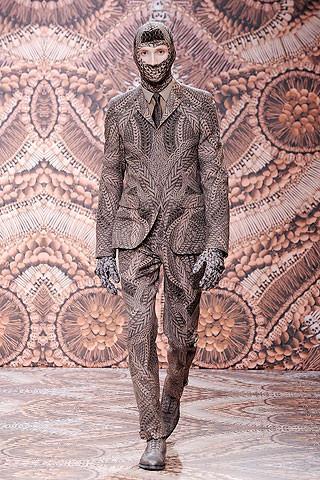 Что носить осенью: мужские показы в Милане. Изображение № 189.