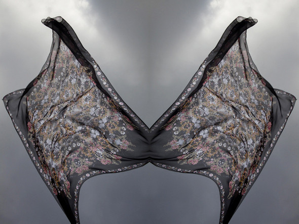 Изображение 7. Лукбук: платки Alexander McQueen SS 2011.. Изображение № 7.