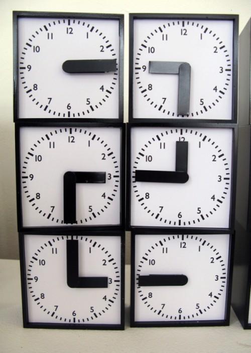 Часы из24 часов. Изображение № 1.