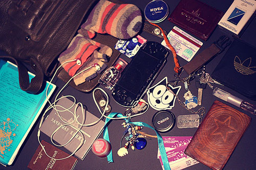 Look atMe: What's inyour bag?. Изображение № 39.