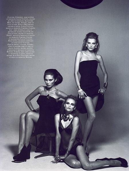 Новая черно-белая фотосерия Питера Линдберга (Vogue). Изображение № 1.