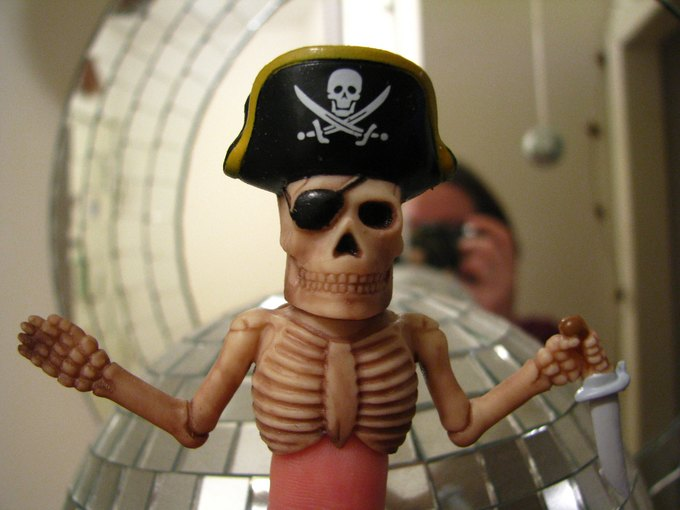 В антипиратский закон внесут музыку, изображения и книги. Изображение № 1.