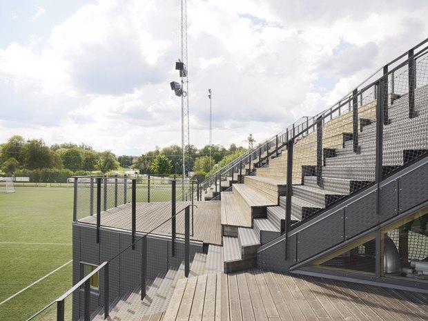 Стадион Lidingövallen авторства DinellJohansson) . Изображение № 25.
