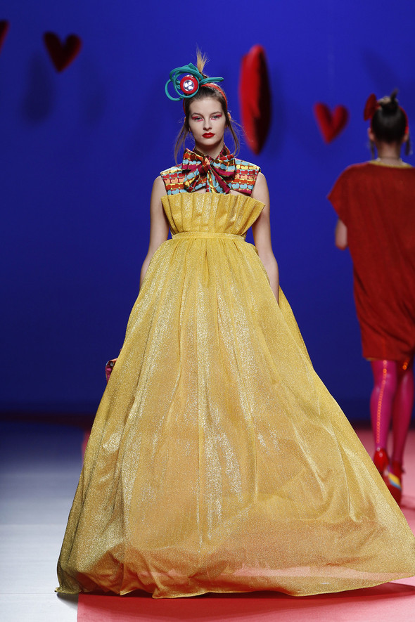 Испанцы Fall Winter 2011/2012: AGATHA RUIZ DE LA PRADA. Изображение № 25.
