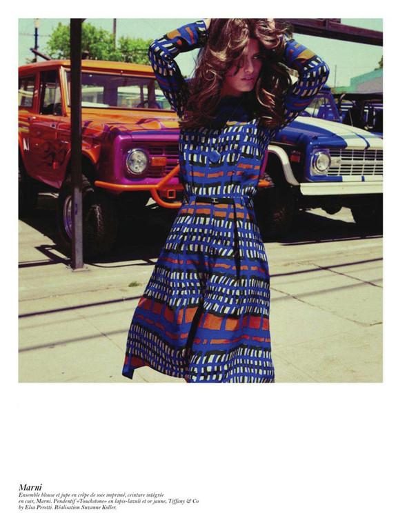 Съёмка: Аризона Мьюз, Лара Стоун, Наташа Поли и другие модели во французском Vogue. Изображение № 11.