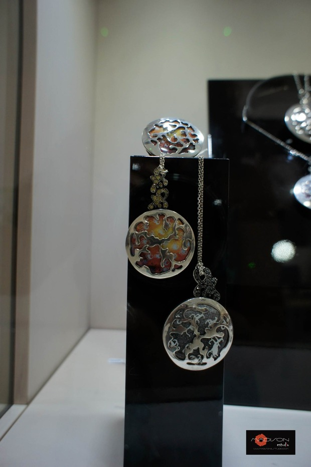 открытие корнера Amova Jewelry в бутике Gomez y Molina в Марбелье, Исп. Изображение № 6.