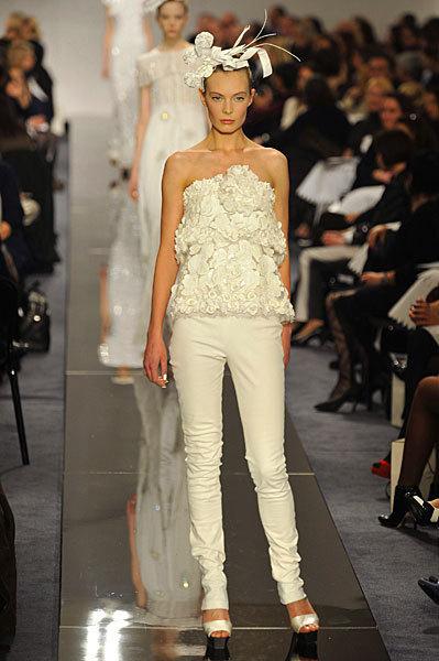 Chanel Spring 2009 Haute Couture. Изображение № 31.