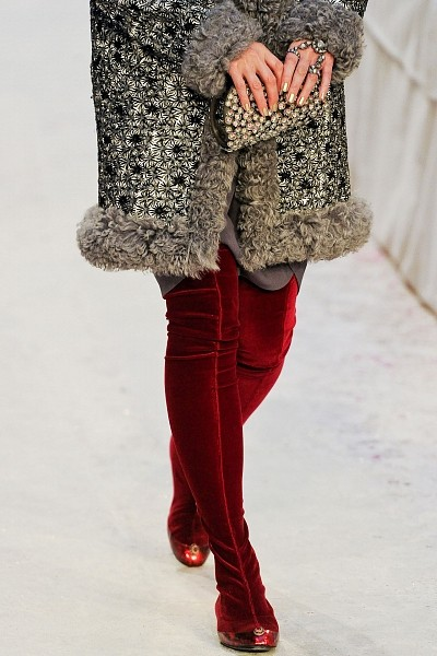 Детали с показа Chanel Pre-Fall 2012. Изображение № 28.