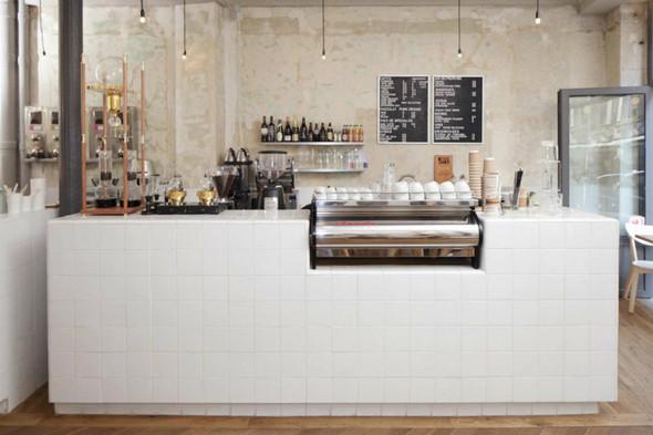 На скорую руку: Фаст-фуды и недорогие кафе 2011 года. Изображение № 54.