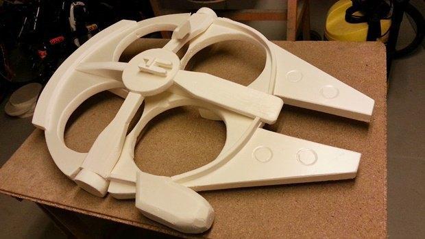 Энтузиаст построил дрон в виде «Тысячелетнего сокола». Изображение № 16.