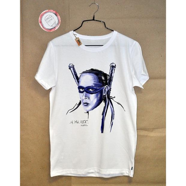 Новая коллекция футболок: литература на вашей груди. Изображение № 6.