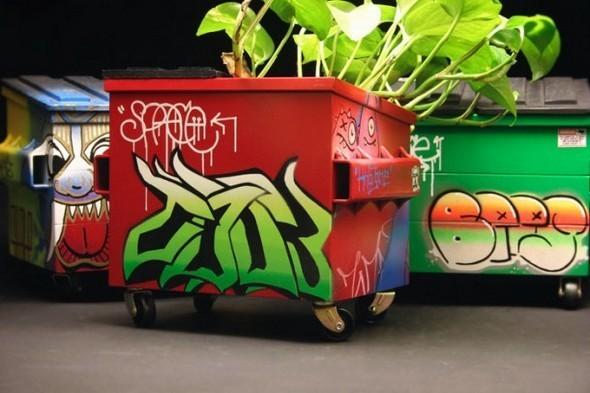 Настольные граффити-контейнеры для цветов и всякой всячины. Изображение № 2.