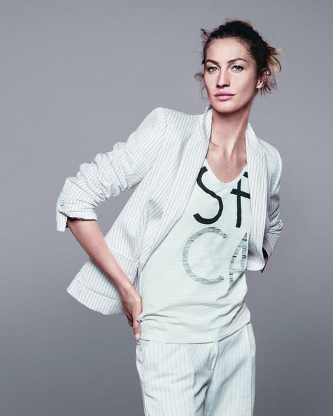Жизель Бундхен представила новую коллекцию марки Esprit. Изображение № 6.