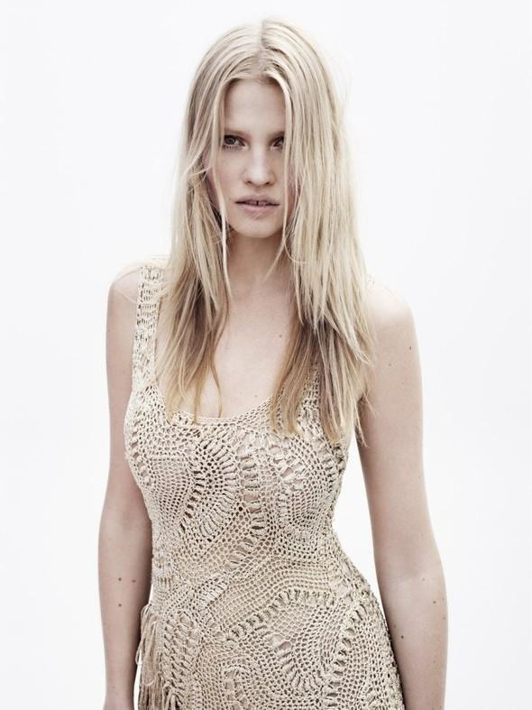 Новые съемки: Vogue, Nylon и другие. Изображение № 42.