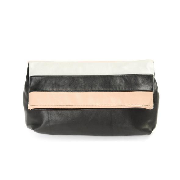 Открылся новый магазин модных сумок и аксессуаров. Изображение № 37.