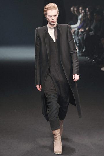 Неделя моды в Париже: мужские показы. Изображение № 50.