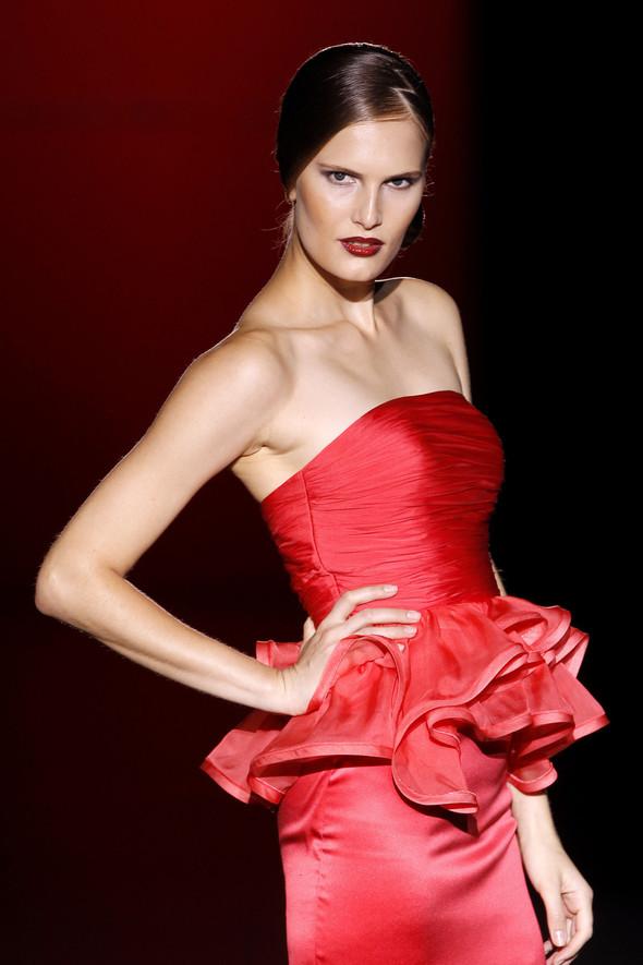 Madrid Fashion Week SS 2012: Hannibal Laguna. Изображение № 26.