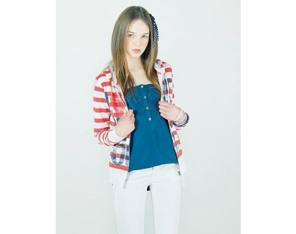 Лукбуки: Bershka, Urban Outfitters, Zara и другие. Изображение № 18.