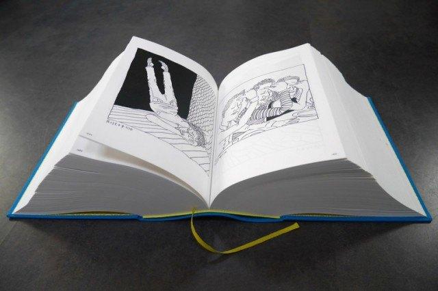 Иллюстратор издал 3,5-килограммовую книгу с 2 500 рисунками . Изображение № 6.