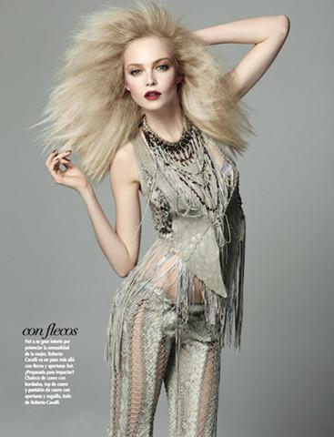 Vogue Mexico, март 2011, фотограф Дэвид Ромер. Изображение № 57.