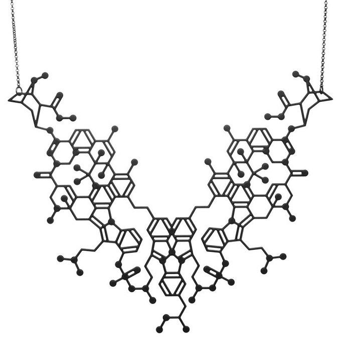 Ювелиры представили запрещённые вещества в виде ожерелий. Изображение № 4.