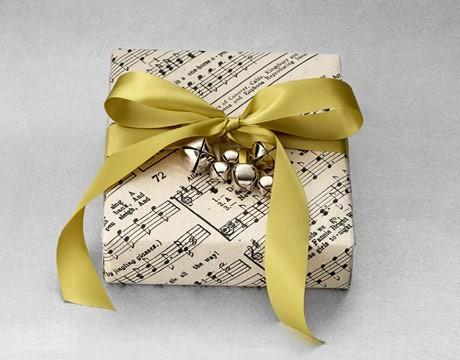 55 идей для упаковки новогодних подарков. Изображение № 17.