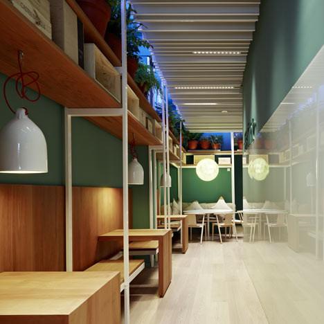 Под стойку: 15 лучших интерьеров баров в 2011 году. Изображение № 58.