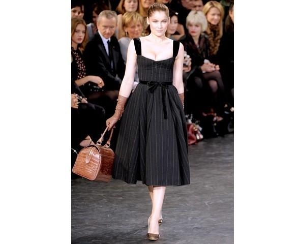 Можно все: Модели на показе Louis Vuitton. Изображение № 2.
