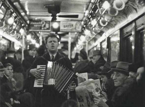 Метрополис: 9 альбомов о подземке в мегаполисах. Изображение № 132.