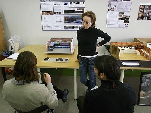 Проект Британской Высшей Школы Дизайна и клуба Avant. Изображение № 5.