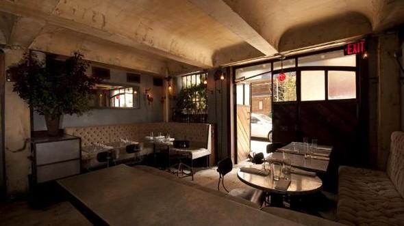 Под стойку: 15 лучших интерьеров баров в 2011 году. Изображение № 83.
