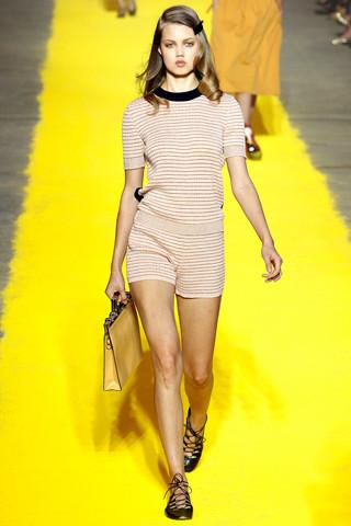 Модный дайджест: Новый дизайнер Sonia Rykiel, книга Кристиана Лубутена, еще одна коллаборация Target. Изображение № 5.