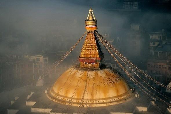 Ступа Буднатх - буддийский храм в Катманду. Непал. Изображение № 43.
