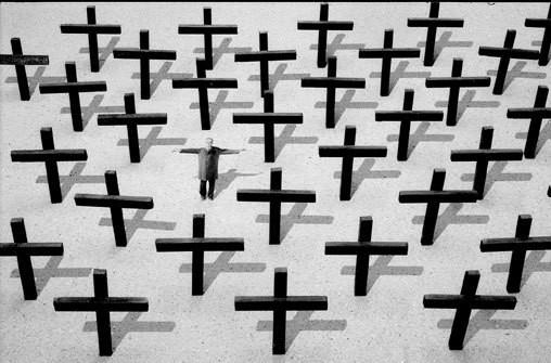 Только потому что крест-часть вторая. Изображение № 182.